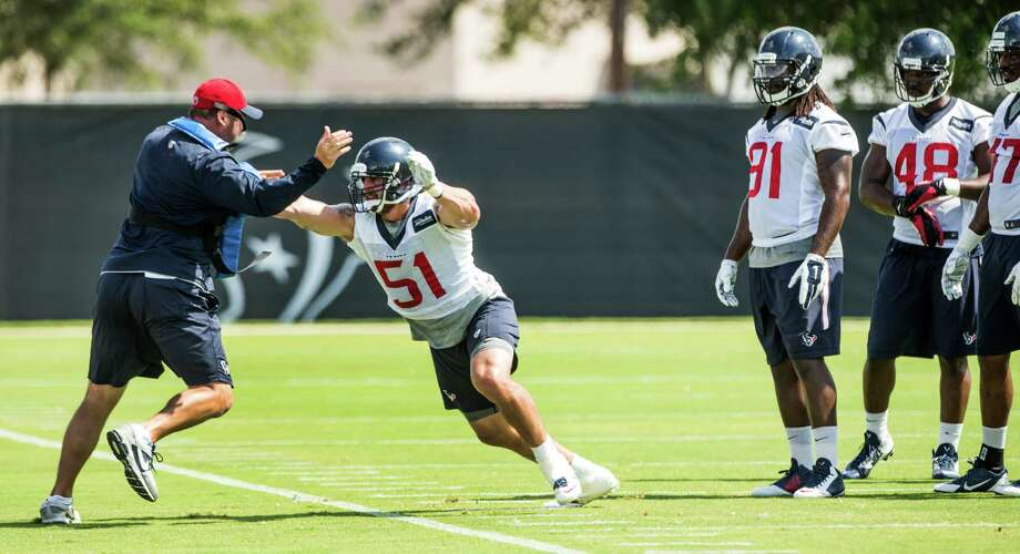 Since arriving last October, Texans linebacker John Simon (51) has made an impression with his relentless approach. Photo: Brett Coomer, Staff / © 2015 Houston Chronicle
