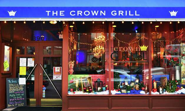 Exterior of The Crown Grill at 390 Broadway Thursday Dec. 5, 2013, in Saratoga Springs, NY.  (John Carl D'Annibale / Times Union) ORG XMIT: MER2013120516535999 Photo: John Carl D'Annibale / 00024915A