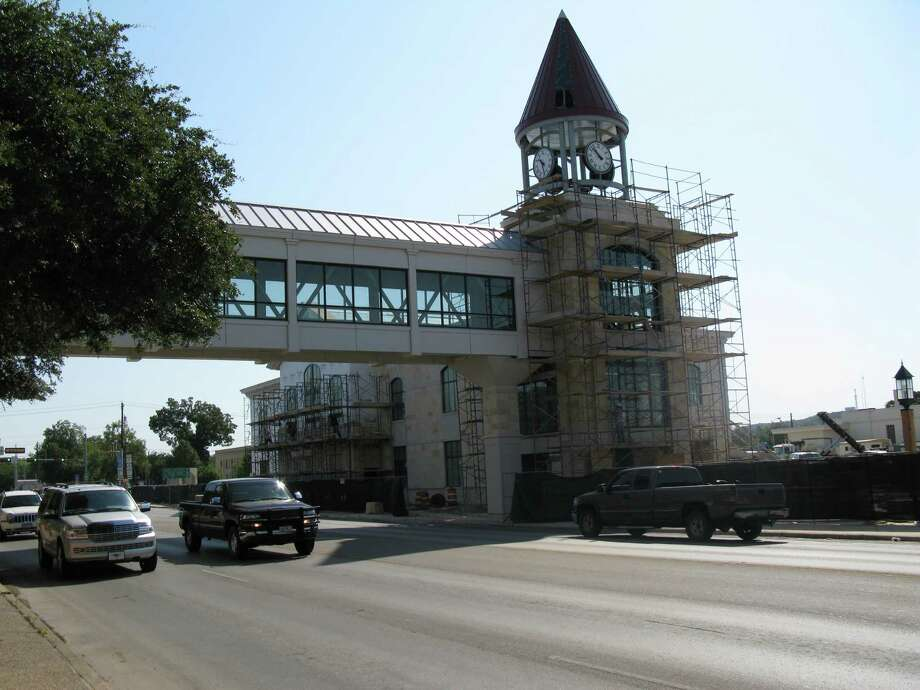The Cailloux Foundation has a history of working with the city of Kerrville. It donated land for Kerrville's city hall and funded construction of a park plaza and a clock tower downtown (shown). Photo: Zeke MacCormack /San Antonio Express-News / San Antonio Express-News