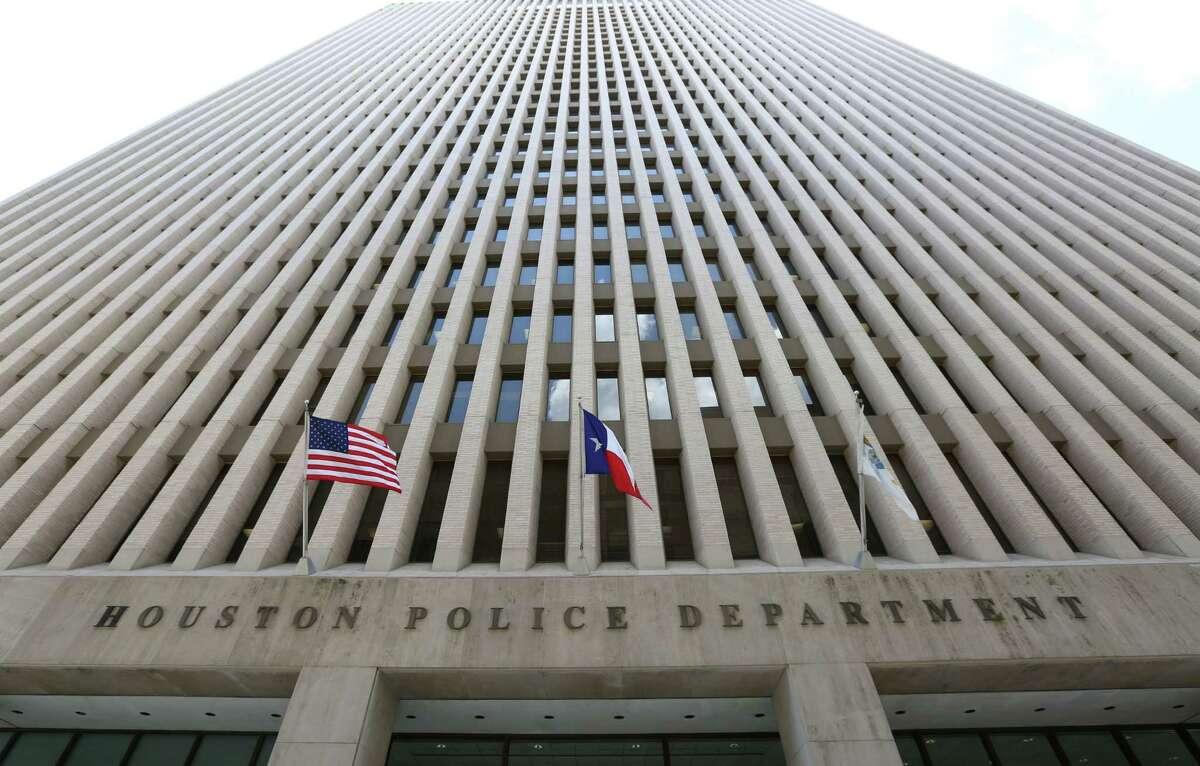 The Houston Police Department headquarters at 1200 Travis St., in Houston. ( Jon Shapley / Houston Chronicle )