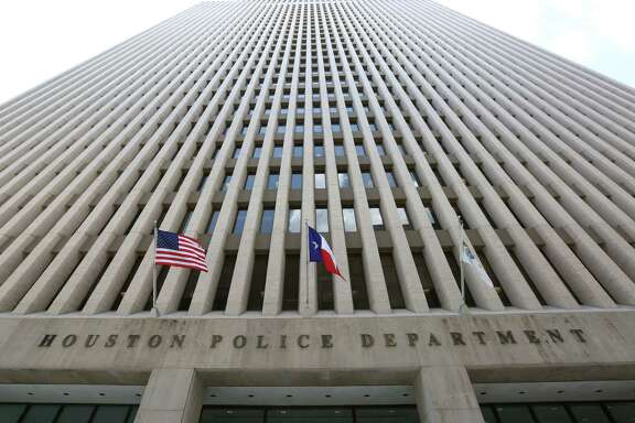 The Houston Police Department headquarters at 1200 Travis St., in Houston. ( Jon Shapley / Houston Chronicle )