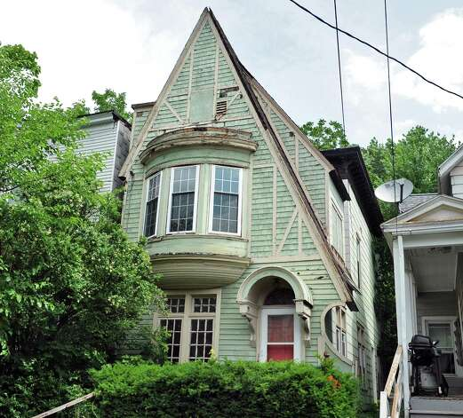 Victorian style house at 459 Hamilton Street Tuesday June 23, 2015 in Albany, NY.  (John Carl D'Annibale / Times Union) Photo: John Carl D'Annibale / 00032363A