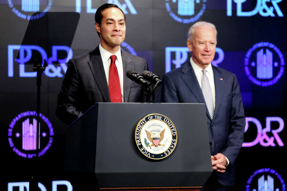 Housing and Urban Development Secretary Julian Castro introduces Vice President Joe Biden at a housing development conference Tuesday, April 7, 2015 in Washington. Photo: Connor Radnovich
