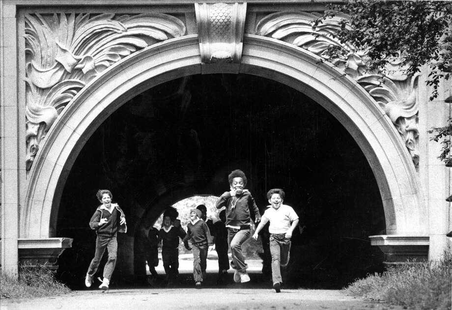 Children run through the tunnel in Golden Gate Park beneath John F. Kennedy Drive. Photo: Gary Fong / Gary Fong / The Chronicle 1978 / ONLINE_YES