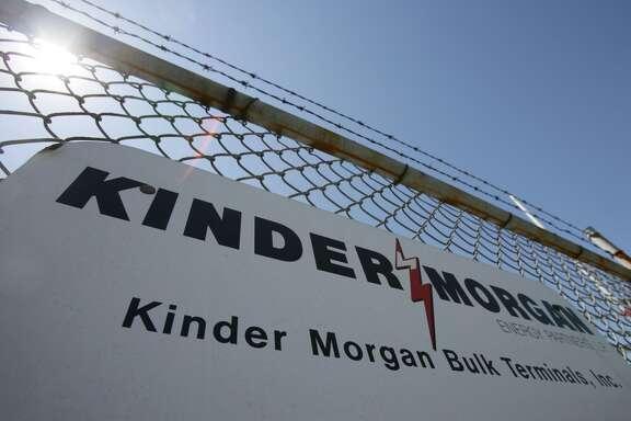 Kinder Morgan , 2,884 employees, up 2 percent