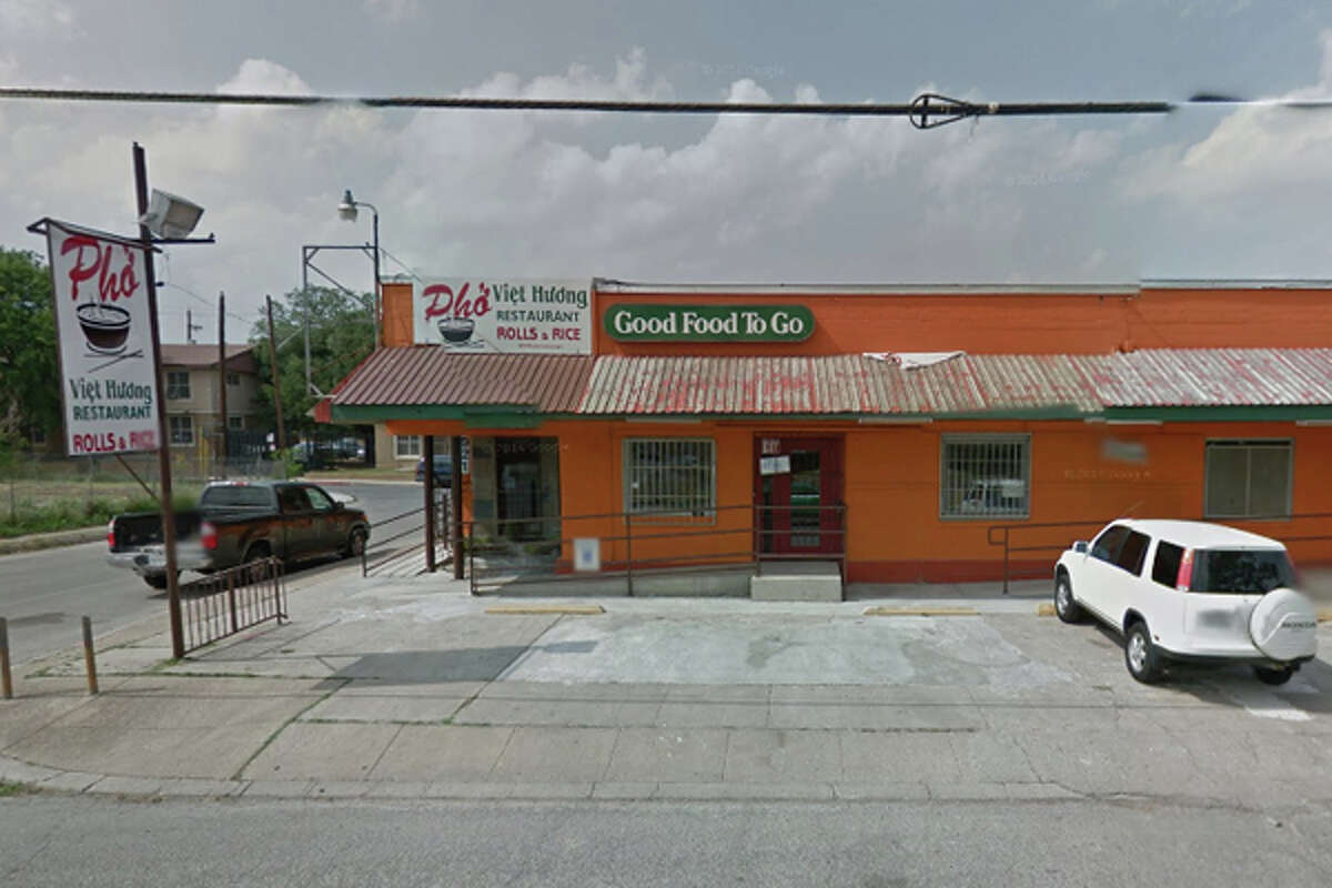 Pho Viet: 921 El Paso St., San Antonio, TX 78207 Date: 09/28/2017 Score: 78  Highlights: Inspector observed ants in back room, dead roach on container packaging; food not held at correct temperature; hot water not available at handwashing sink; poisonous/toxic materials must be commercial-grade; non-food contact surfaces must be constructed with nonabsorbent, smooth material; ware washing machine not sanitizing dishes properly; food not protected from cross-contamination (raw foods, ready-to-eat foods); utensils not stored on dry, clean surface (knives)