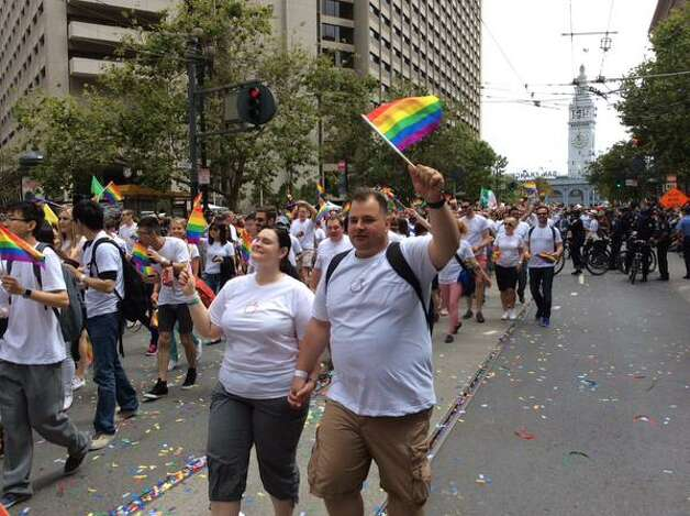 An estimated 8000 Apple employees joined the 2015 San Francisco Pride Parade. Photo: Carla Marinucci, The Chronicle