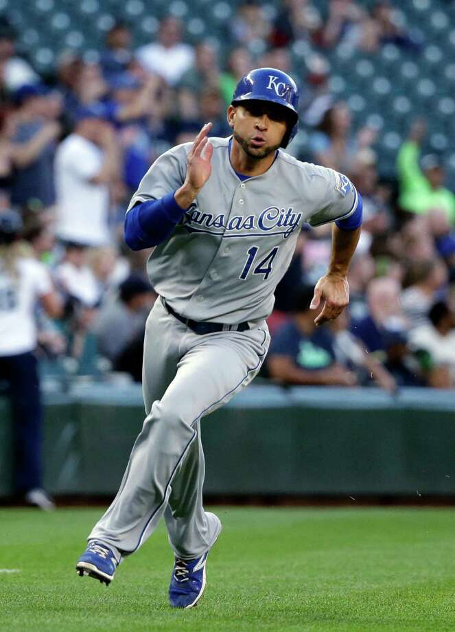 Kansas City Royals' Omar Infante in action against the Seattle Mariners in a baseball game Wednesday, June 24, 2015, in Seattle. (AP Photo/Elaine Thompson) Photo: Elaine Thompson, STF / AP