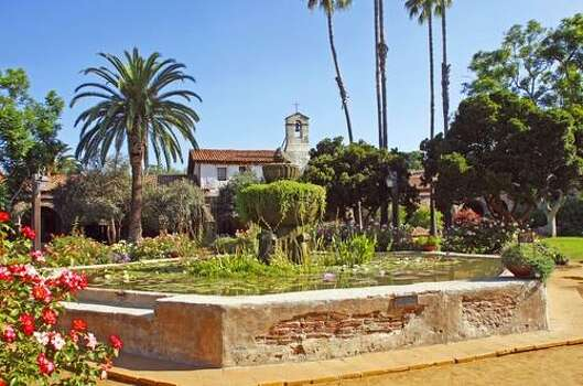 California Missions: The 230-year-old San Juan Capistrano is especially well-preserved and the surrounding gardens are beautiful. Photo: Shutterstock/Campagnolo