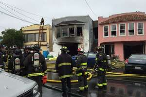 2 dogs die as fire ravages home in S.F. Ingleside - Photo