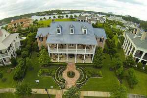 Celebrate the Fourth with a tour of colonial homes in Texas - Photo