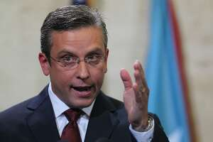 Puerto Rico governor seeks moratorium on debt payments - Photo