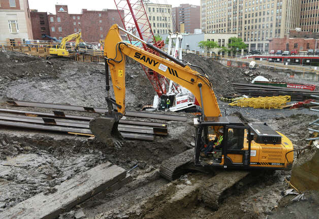 Construction work on the foundation for AlbanyÌs new convention center takes place Monday, June, 1, 2015, in Albany, N.Y. The $66.5 million state-funded Albany Capital Center is scheduled for completion in 2017. (Will Waldron/Times Union) ORG XMIT: MER2015060114590704 Photo: WW, Albany Times Union