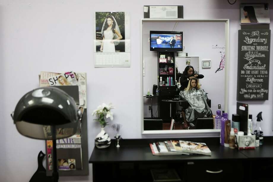 Hair extension startup finally wins over sand hill vcs sfgate destiny monet of destiny monet salon in hayward ca applies hair extensions to makeup pmusecretfo Gallery