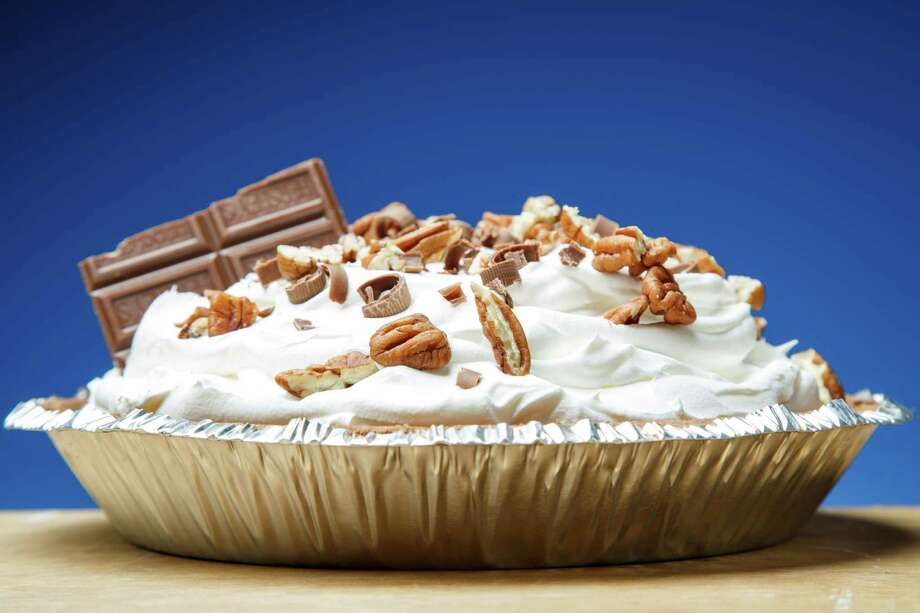 Chocolate Icebox Pie Photo: Michael Paulsen /Houston Chronicle / © 2013 Houston Chronicle