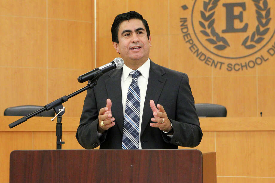 Edgewood ISD Superintendant Jose Cervantes speaks during a donation of books from the Library of Congress by U.S. Rep. Joaquin Castro to Edgewood ISD at the Edgewood ISD Conference Center in the Guerra Center at 1930 Herbert Lane, on Friday, Dec. 19, 2014.  The Library of Congress has a program for members of Congress to select surplus books from the Library's collection for donation to libraries in their district.  The books are being distributed to the district's elementary and middle schools.  MARVIN PFEIFFER/ mpfeiffer@express-news.net Photo: Marvin Pfeiffer, Staff / San Antonio Express-News / Express-News 2014