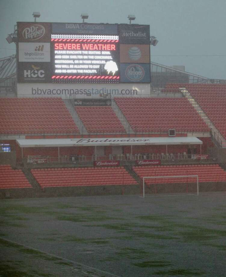 Saturday's match between the Dynamo and Real Salt Lake has been postponed until Sunday. Photo: James Nielsen, Houston Chronicle / © 2015  Houston Chronicle