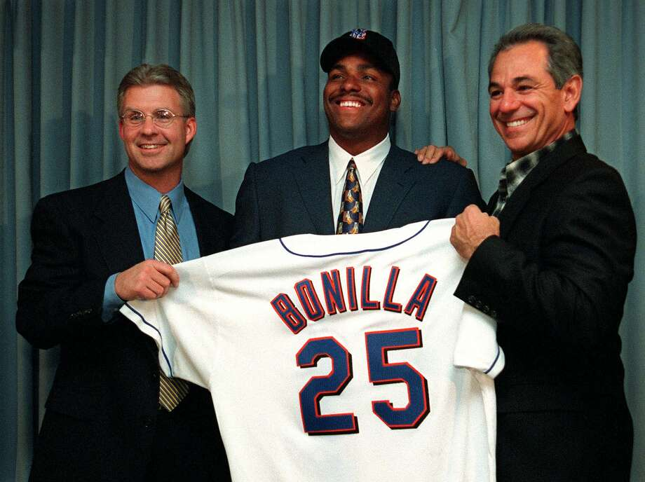 PHOTOS: Some of sports' worst contracts In trying to drop Bobby Bonilla's $5.9 million salary from the 2000 payroll, the Mets deferred payment for 11 years with 8 percent interest. That will net Bonillla nearly $30 million, as he receives $1.2 million each July 1 through 2035.For other infamous sports contracts, browse through the photos above ... Photo: OSAMU HONDA, Associated Press / AP