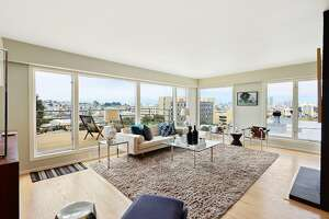 Hot Property: Two-level midcentury condo appeals to the Don Draper in all of us - Photo