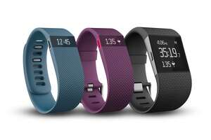 Fitbit leads the pack for fitness devices - Photo