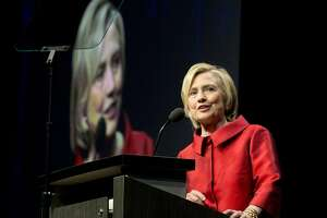 Clinton campaign proceeds headed for $45 million mark - Photo