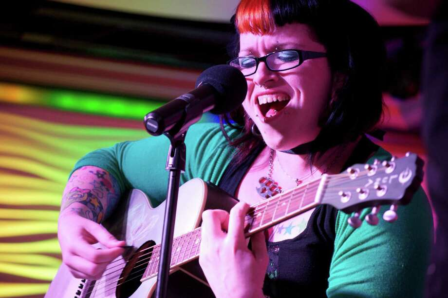 A special show Sunday at Acadia Bar and Grill will benefit Houston singer Nina Lombardo. Photo: Julie Christine Photography