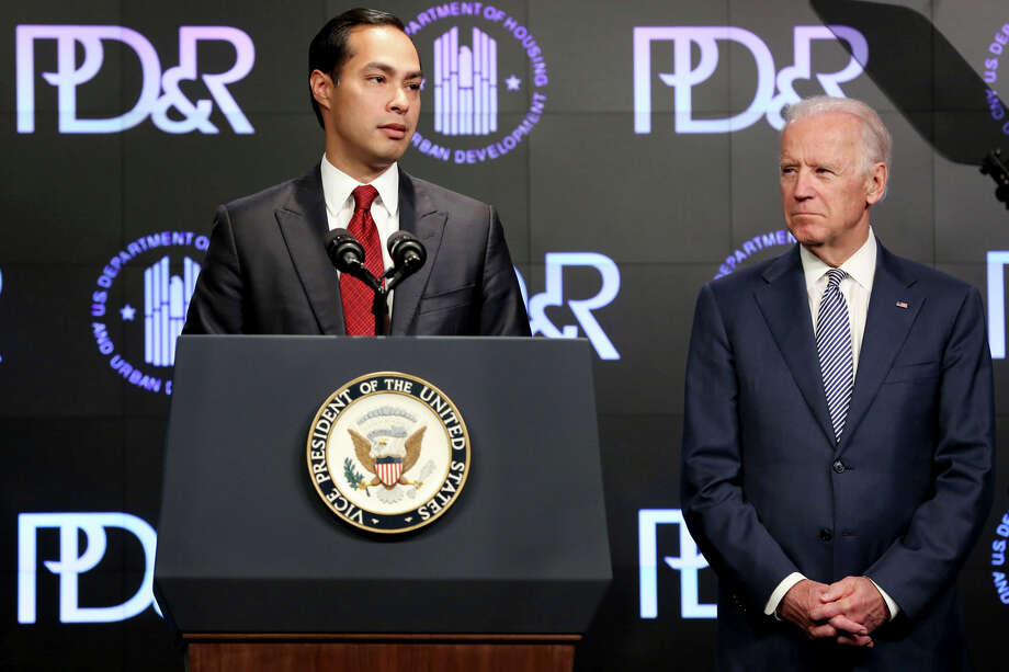 Housing and Urban Development Secretary Julian Castro introduces Vice President Joe Biden at a housing development conference in April. A reader says the former mayor of San Antonio was wrong to call for the name of Robert E. Lee High School to be changed. Photo: Connor Radnovich /Hearst Newspapers