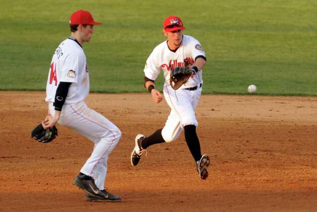 Cat's shortstop Keach Ballard makes a play on a grounder during the Tri-City ValleyCats game against the Vermont Lake Monsters at Joe Bruno Stadium on Wednesday July 1, 2015 in Troy, N.Y.  (Michael P. Farrell/Times Union) Photo: Michael P. Farrell / 00032413A