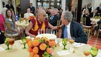 Dalai Lama offers Bush feedback - Photo