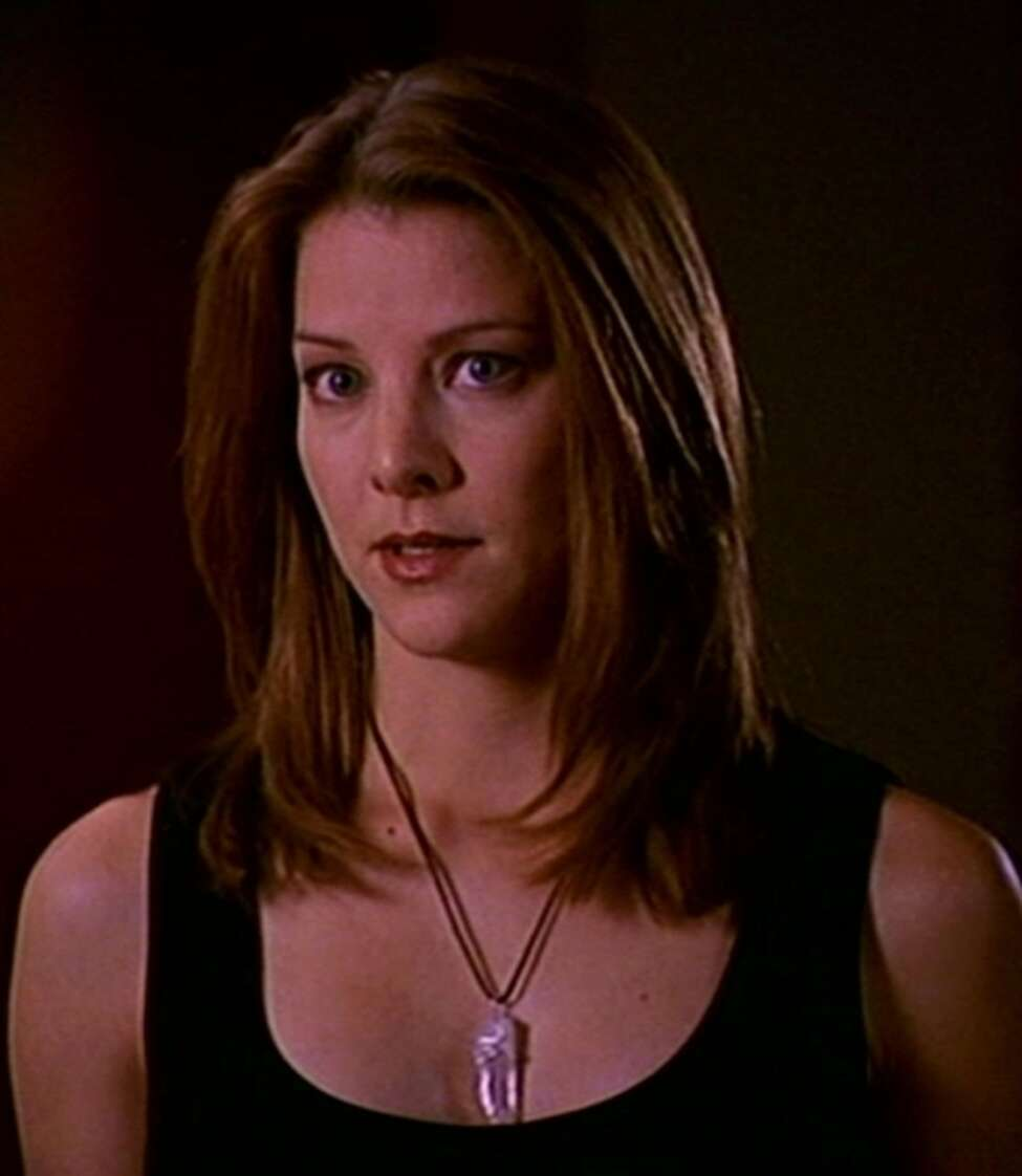 Elizabeth Anne Allen Russell Sage College, class of 2001 Allen is an actress best known for her recurring role as the witch Amy Madison on the popular TV show, Buffy the Vampire Slayer. She was also the runner up for the role of Buffy herself.