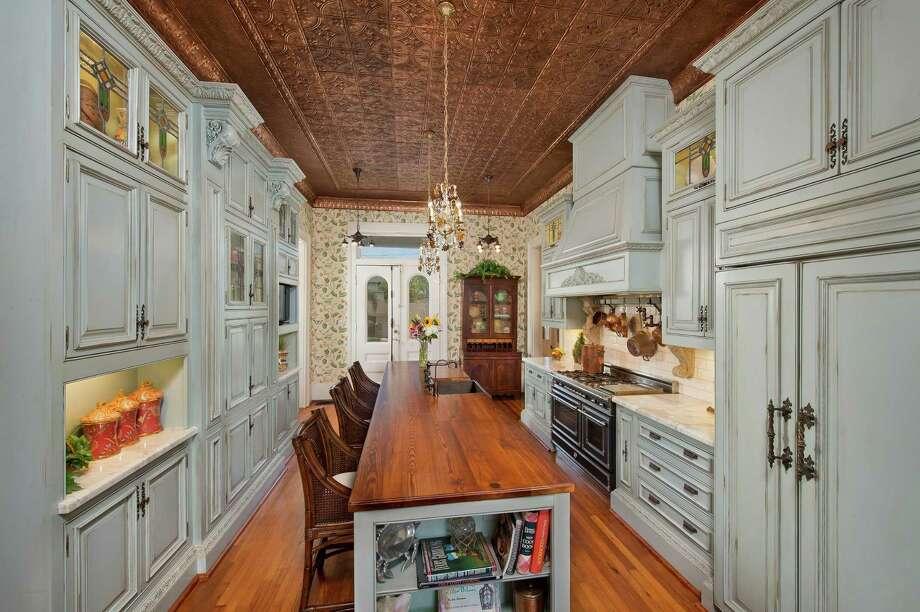 Houston Couple Gives 140 Year Old Landmark Galveston Home