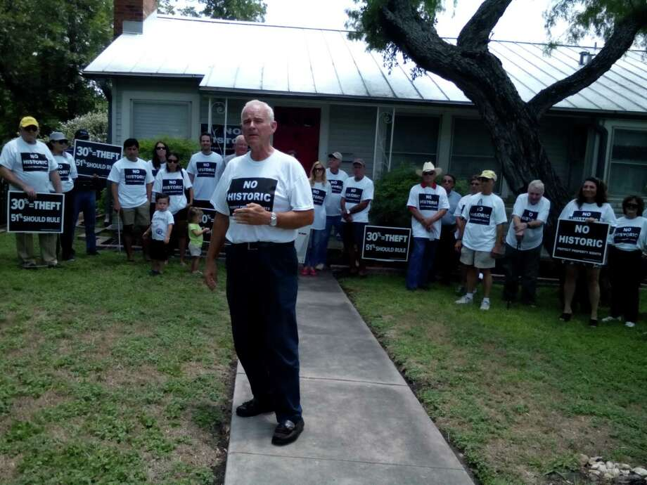 In this file photo, Dr. Gary Cox talks during a press conference in Mahncke Park, where he and several other neighborhood residents criticized a proposal to designate Mahncke Park a historic district. Photo: Edmond Ortiz /Alamo Heights Weekly