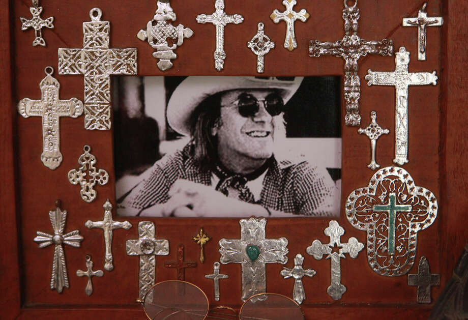 A photograph of music legend Doug Sahm of the Sir Douglas Quintet is in the home of his daughter Dawn Sahm. Writer Joe Nick Potoski has made a documentary about Sahm. Photo: JOHN DAVENPORT /San Antonio Express-News / ©San Antonio Express-News/John Davenport
