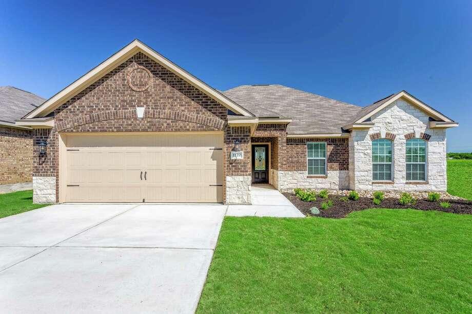LGI Homes Offers Luxury In Magnolia 6363884 on Lgi Homes Floor Plans