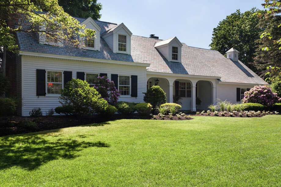 House of the Week: 4 Chestnut Hill Road North, Colonie   Realtor:   Steven Girvin of Steven Girvin Properties   Discuss: Talk about this house Photo: Paul Gallo