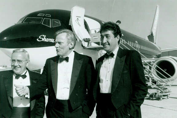 Mayor Henry Cisneros with SeaWorld CEO George Becker and Southwest Airlines Chairman Herb Kelleher are shown during the inaugural season for San Antonio's SeaWorld park on May 23, 1988.
