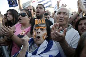 Greek referendum on bailout cleared for vote - Photo