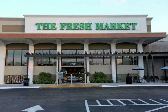 The Fresh Market at 2617 West Holcombe Blvd. is within walking distance of the Old Braeswood neighborhood Thursday, June 11, 2015, in Houston, Texas. Many lower income neighborhoods similar to Independence Heights lack the basic necessities; grocery store, medical clinic, library, pharmacy, etc.