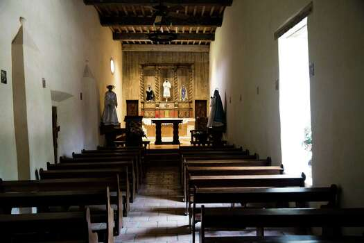 The church at Mission San Juan Capistrano in San Antonio, Texas. Ray Whitehouse / San Antonio Express-News Photo: Ray Whitehouse, Staff / San Antonio Express-News / 2015 San Antonio Express-News