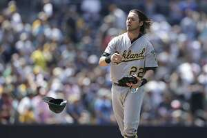 A's beat: Reddick apologizes to Melvin for playing-time comments - Photo