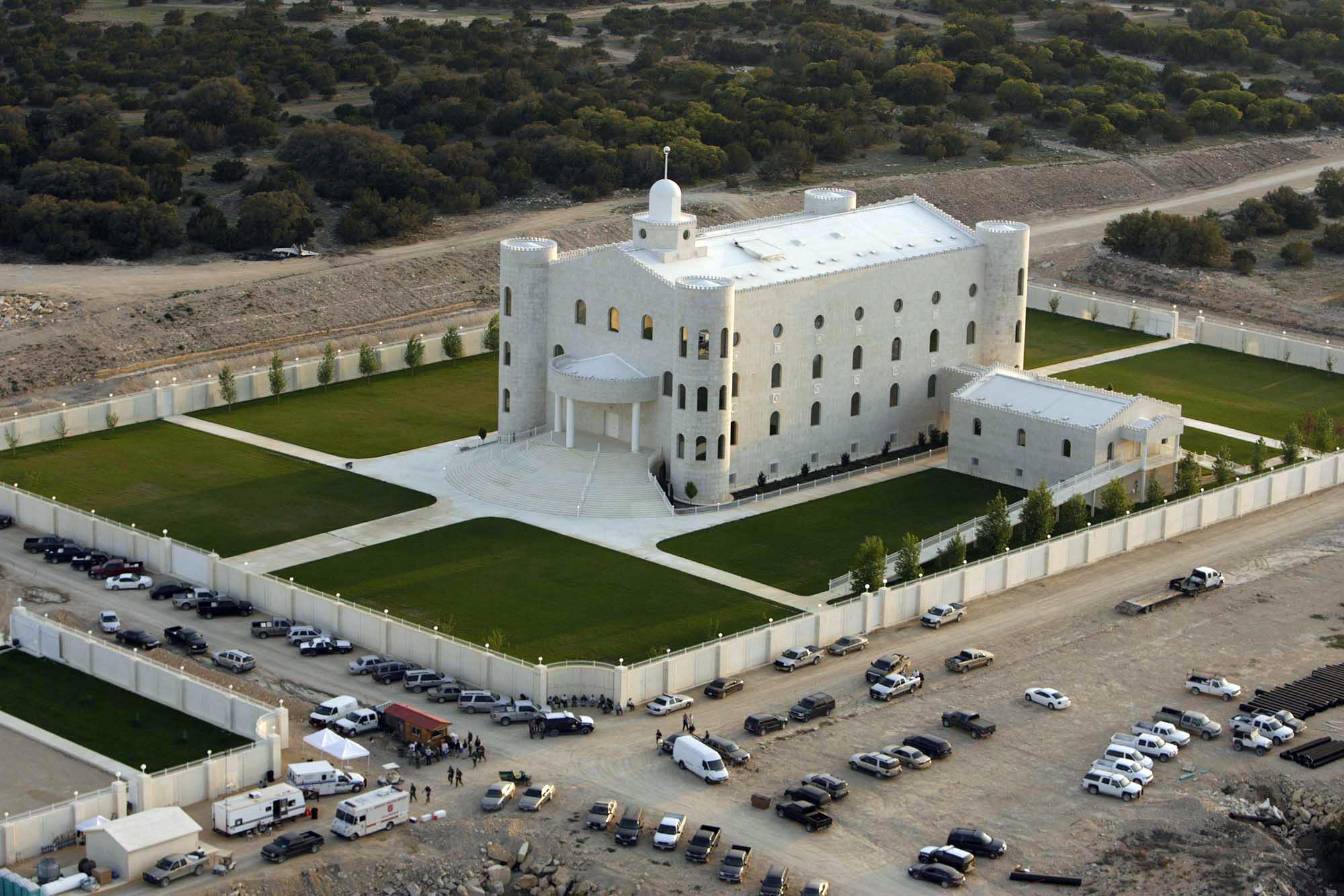 Polygamist Warren Jeffs 20 Million Texas Ranch
