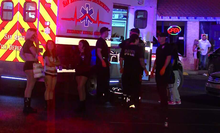 San Antonio Police investigate the scene of a shooting on the city's North Side where one man was injured following a confrontation inside a hookah bar, Saturday, July 4. Photo: Screen Grab Courtesy 21 Pro Video