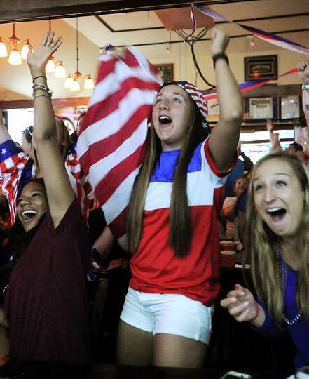 From left; Sam Farley, of Shelton, Alicia Fernandez, of Shelton, and Gabby Lungarini, of Milford, ch