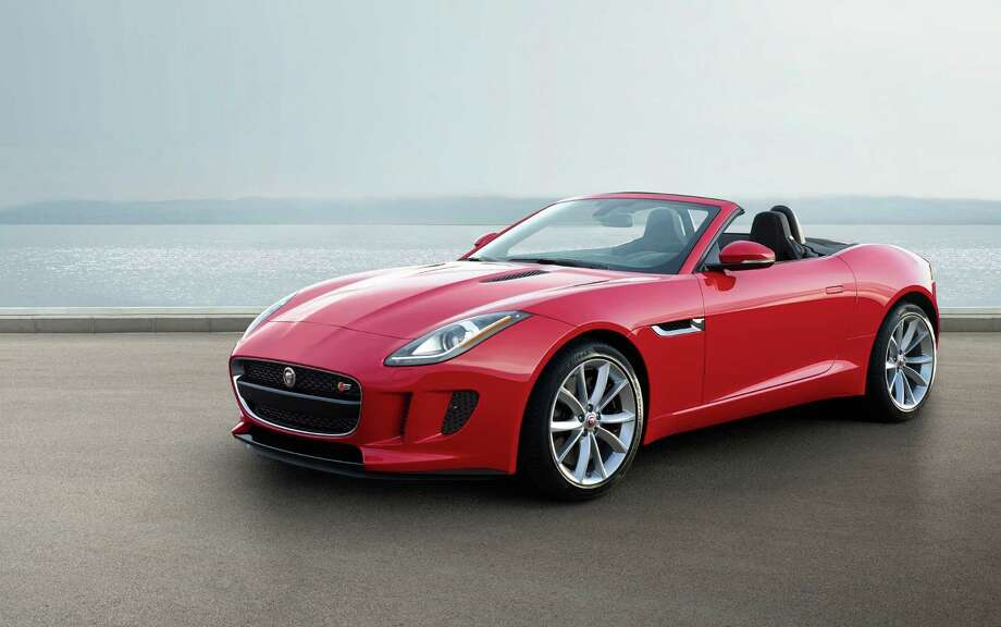 jaguar 39 s celebrated f type gets manual awd options for 2016 sfgate. Black Bedroom Furniture Sets. Home Design Ideas