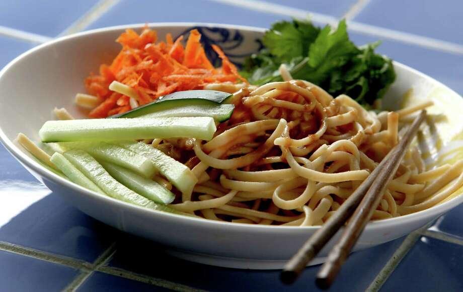 Spicy Sesame Peanut Noodles Photo: Gary Coronado, Staff / © 2015 Houston Chronicle