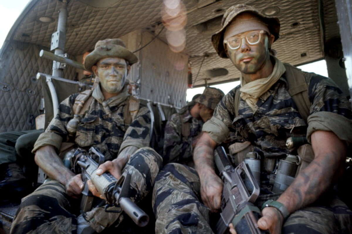 1967 Soldiers in the 173rd airborne dawned tiger-stripe camo. Though not yet ubiquitous, this style helped conceal them in the thick jungle terrain.