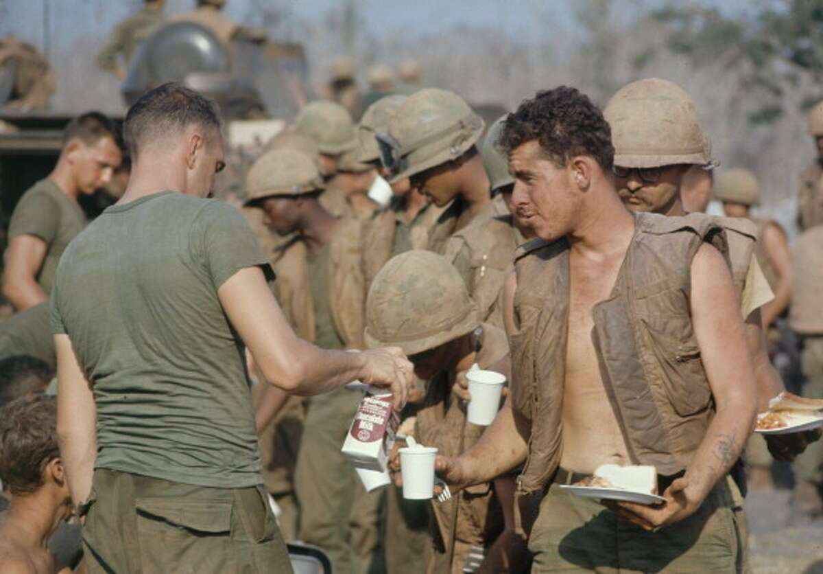 1967 The uniforms used during the Vietnam war were made up of a quick drying coat and tightly woven, rip resistant trousers. The outfit provided good protection against the sun, insects, and other tropical hazards.
