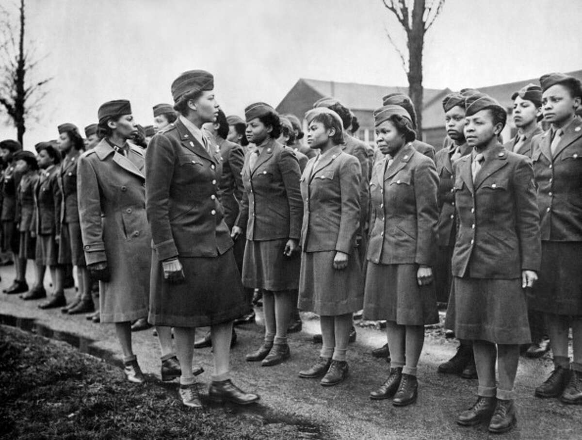 1945 The uniforms worn by the Women's Army Corps were made of the same material as the men's uniforms.