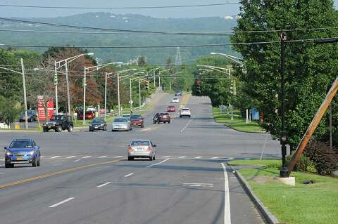 Albany scales back red-light camera plan - Times Union