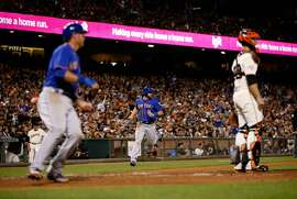 SAN FRANCISCO, CA - JULY 06:  Kirk Nieuwenhuis #9 of the New York Mets runs home to score in the ninth inning on a hit by Johnny Monell #19 against the San Francisco Giants at AT&T Park on July 6, 2015 in San Francisco, California.  (Photo by Ezra Shaw/Getty Images)